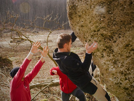 Bouldering na Rozbehoch (video)
